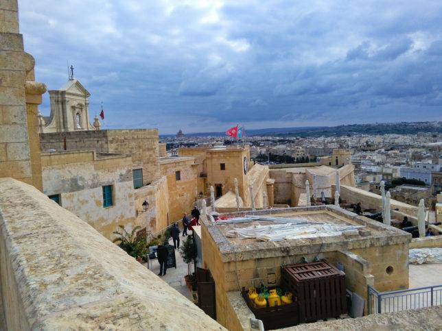 výhled ze citadely na ostrově Gozo na Maltě